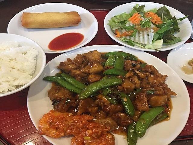 鶏肉と赤唐辛子炒め